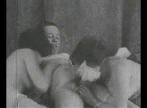 Gouverness Found Masturbating 1910